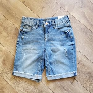 *New w/tags* Justice Girl's raw hem bermuda shorts